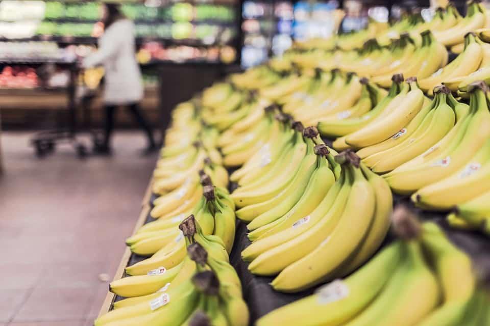 केले खाने के फायदे, Kele Khane Ke Fayde, केले खाने के लाभ, Kele Khane Ke Labh, बेनिफिट्स ऑफ़ बनाना, Benefits Of Banana, केले खाने के फायदे और नुकसान, kele khane ke fayde aur nuksan,