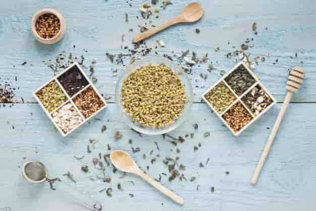 मेथी खाने के फायदे और नुकसान - Methi Khane Ke Fayde Aur Nuksan - Fenugreek Seeds Benefits and Side Effects in Hindi