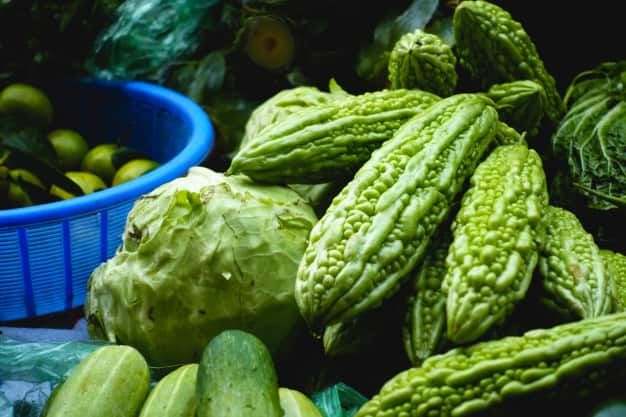 करेला खाने के फायदे और नुकसान – Karela Khane Ke Fayde Aur Nuksan - Bitter Gourd Benefits and Side Effects in Hindi