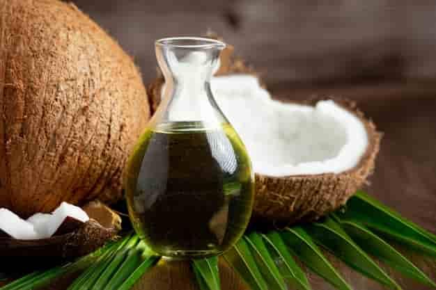 नारियल पानी के फायदे और नुकसान - Nariyal Tel Ke Fayde Aur Nuksan – Coconut Oil Benefits and Side Effects In Hindi
