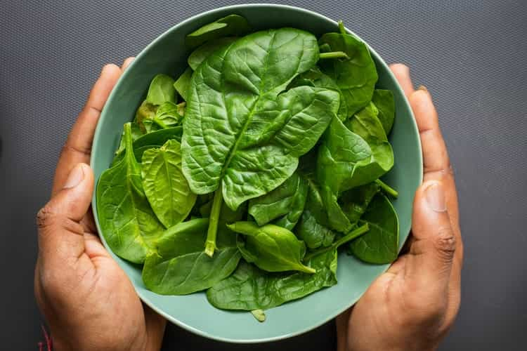 पालक खाने के फायदे और नुकसान – Palak Khane Ke Fayde Aur Nuksan - Spinach Benefits and Side Effects in Hindi,