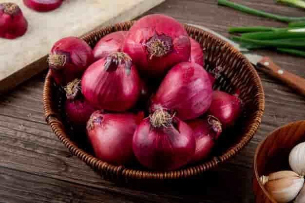 प्याज खाने के फायदे और नुकसान – Pyaj Khane Ke Fayde Aur Nuksan - Onion (Kanda) Benefits and Side Effects in Hindi