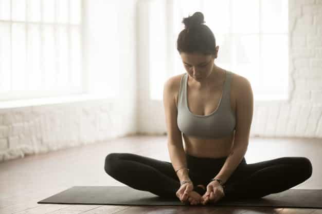 जल्दी प्रेगनेंट होने के लिए योग में तितली आसन करे (Jaldi Pregnant Hone Ke Liye Yoga Me Titli Asana Yoga Kare)
