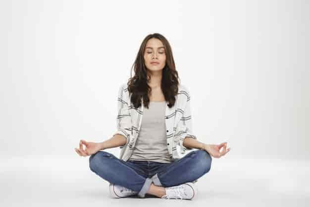 विपश्यना मैडिटेशन कैसे करे और फायदे – What is Vipassana Meditation in Hindi - Benefits Of Vipassana Meditation in Hindi