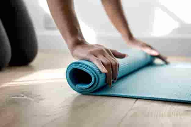 योग में शुरुवाती लोगो के लिए योग और फायदे - Yoga For Beginners in Hindi And Yoga Benefits in Hindi