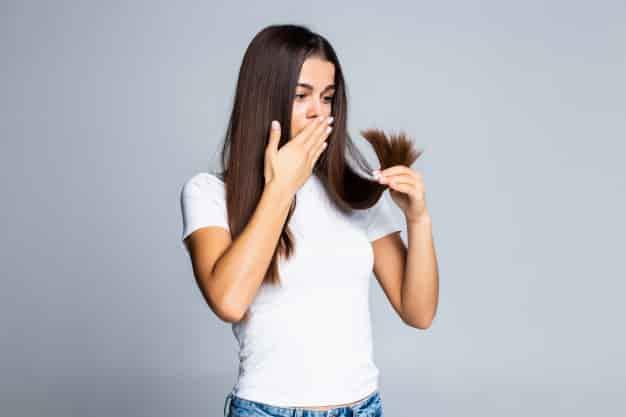 बालों को झड़ने से रोकने के लिए बेस्ट ऑयल (Hair Fall Rokne Ke Liye Best Oil)