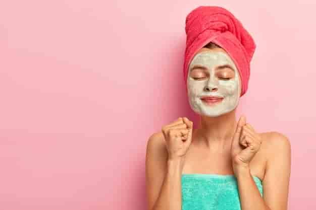 ऑयली स्किन के लिए टिप्स, घरेलु उपाय, नुस्खे और उपचार (Oily Skin Care Tips in Hindi)
