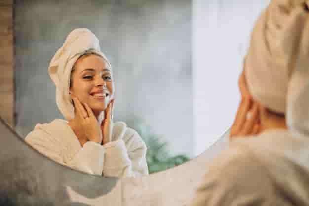 स्किन केयर टिप्स, घरेलु उपाय, नुस्खे और उपचार (Skin care tips in Hindi at Home)