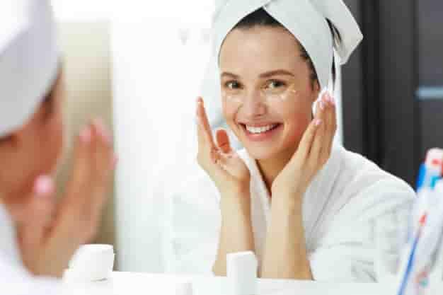 स्किन केयर कैसे करे, टिप्स, घरेलु उपाय, नुस्खे और उपचार (Skin care tips in Hindi at Home)