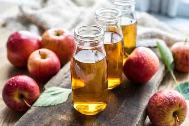सेब के सिरके के फायदे, उपयोग और नुकसान - Seb Ke Sirke Ke Fayde, Upyog Aur Nuksan - Apple Cider Vinegar Ke Fayde, Upyog Aur Nuksan (Uses, Side Effects And Benefits of Apple Cider Vinegar in Hindi)